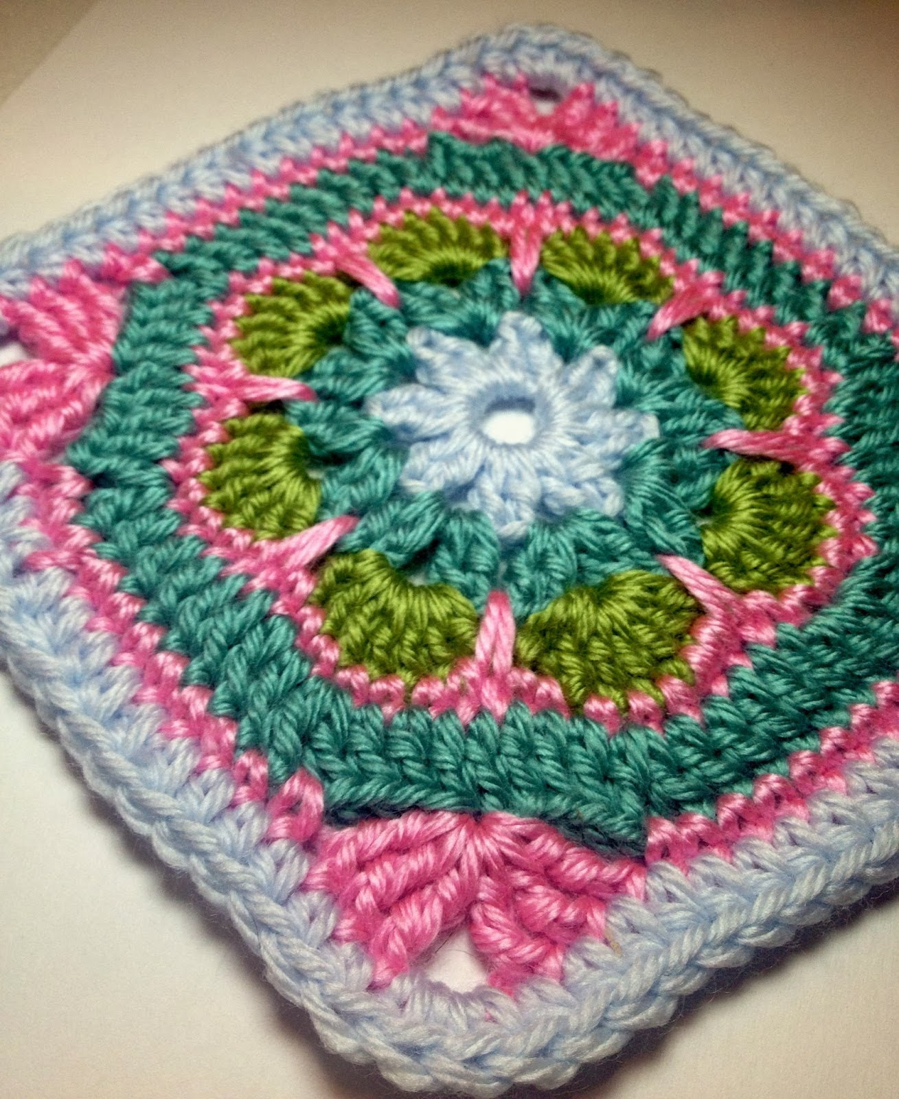 Crochet African Flower Granny Square Free Pattern Traitoro For